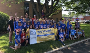 Lowell Elementary wins Best Youth Group in Wheaton Parade